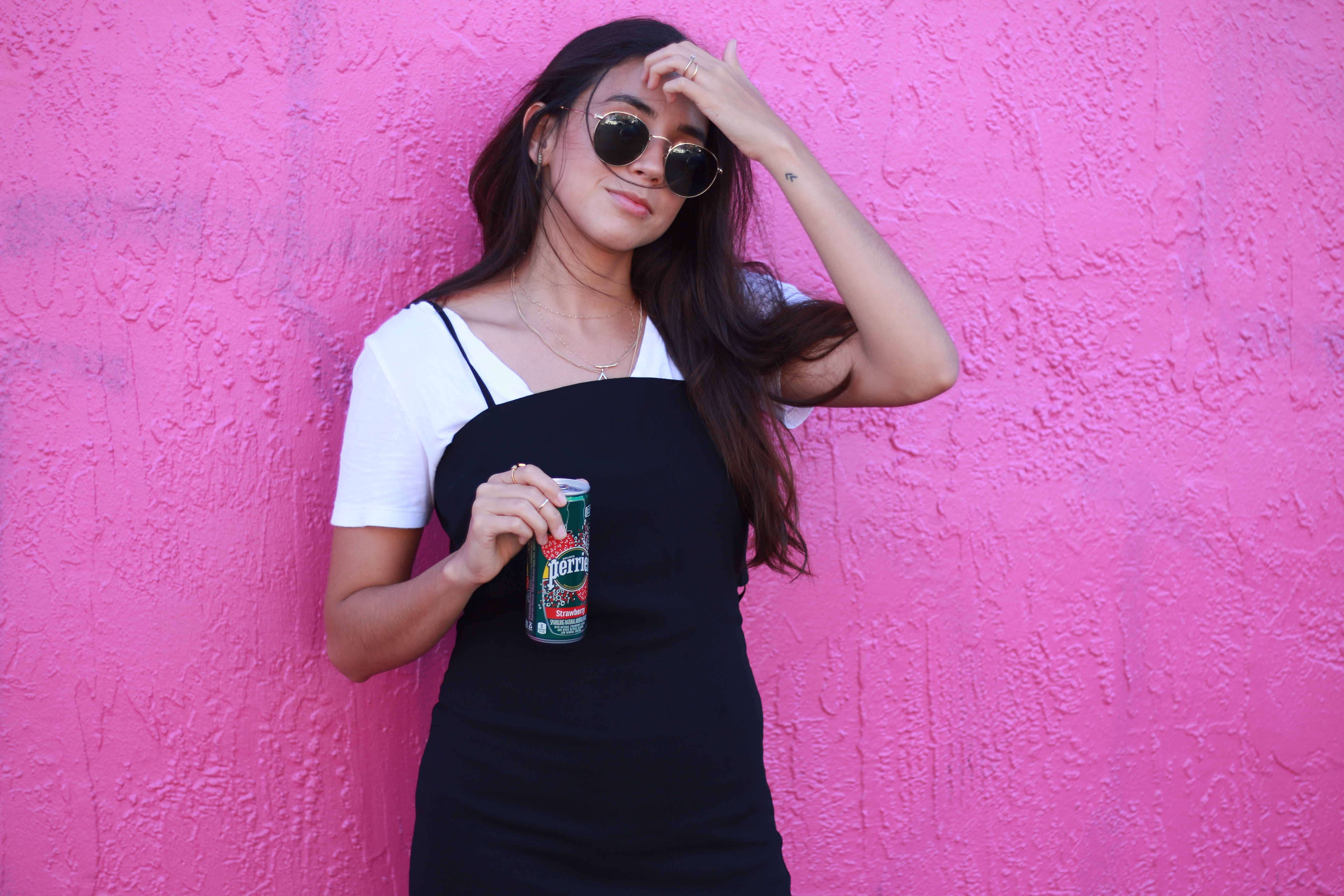 perrier-pink-wall-wynwood-vibrant